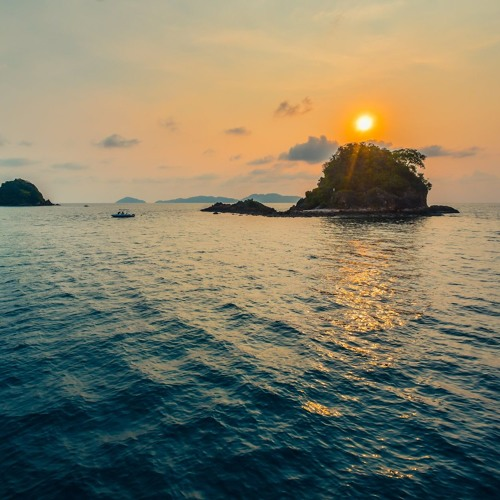 download → Oliver Koletzki - Sunrise over Koh Mak - 12-May-2019