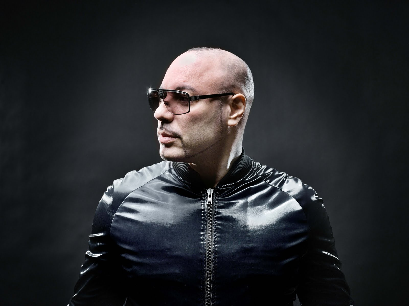 Roger Sanchez  - DJsounds Show - 25-Jan-2018