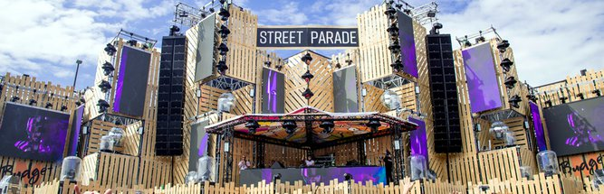 Amelie Lens, Paco Osuna, Erick Morillo, Pan-Pot, Andres Campo, Dubfire, De La Swing, Rodhad, etc. - live @ Street Parade Zurich 2019 (Zurich, Switzerland) - 10-Aug-2019